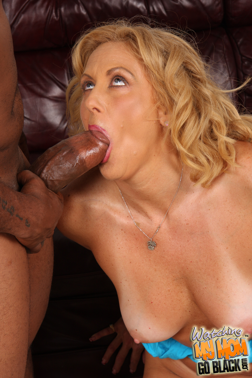 xxx man fingering girl