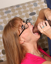 11 Mature Women Breastfeeding   Darla Crane GuysForMatures :: Penny&Mike awesome mom on video