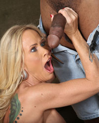 Simone Sonay and Miley May Old Black Dick