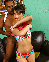 18 Ave Nage Temper Ature Of   Syren DeMar Hot Moms And Pretty Teens
